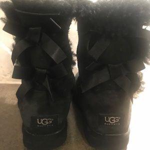 Ugg Bailey Bows